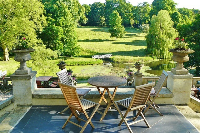 Tavoli pieghevoli da giardino homehome - Tavolo pieghevole da giardino ...