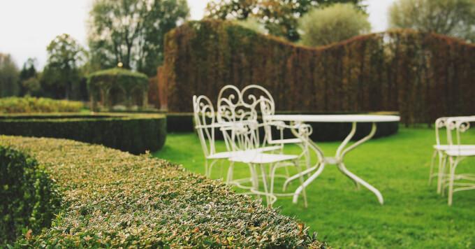Arredo da giardino tra sedie tavoli e gazebo homehome for Gazebo arredo giardino