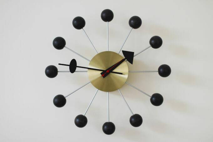 Orologio dal Design particolare per Interni