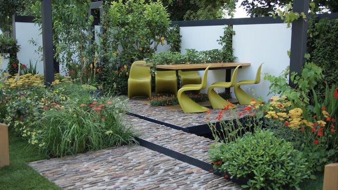 Sedie da giardino pratiche e versatili homehome for Sedie da design