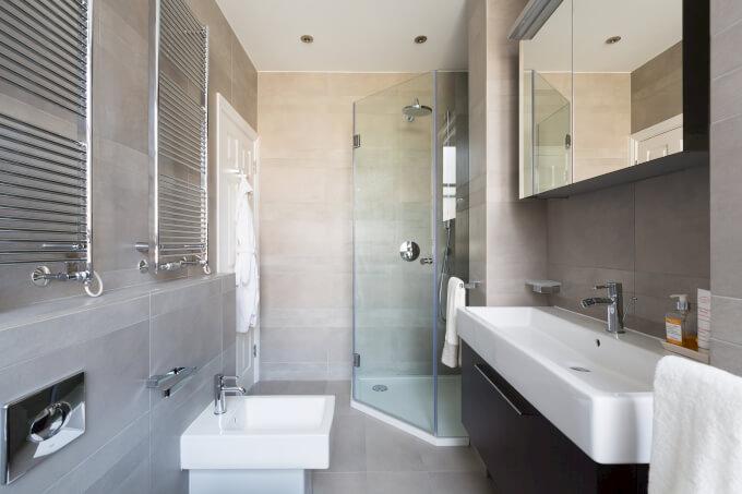 specchio bagno contenitore specchi da bagno tra design e funzionalit homehome