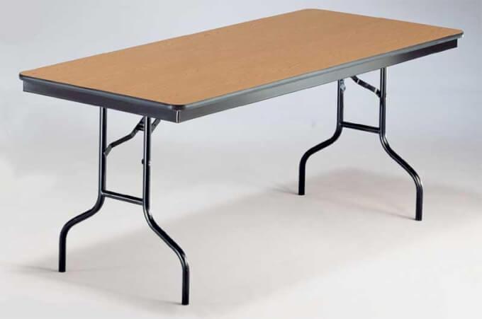 Tavoli pieghevoli per ogni esigenza di spazio homehome - Tavolo richiudibile in legno ...